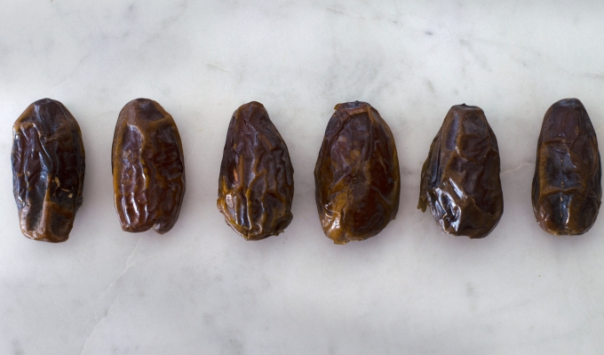THE FOOD SERIES: Dates