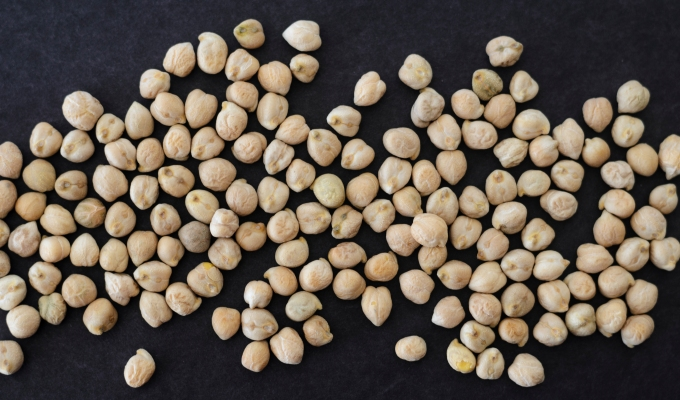 THE FOOD SERIES: Garbanzo Beans/Chickpeas