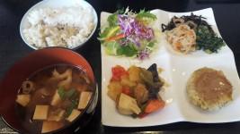 Seasonal lunch set